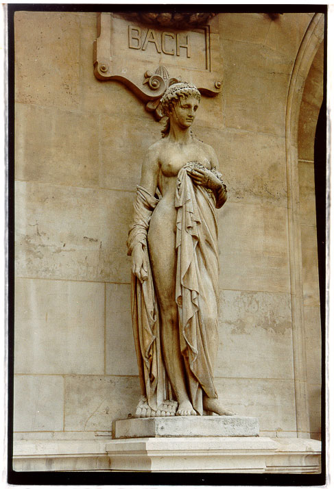 L'Idylle, in Paris // Photo: Cheryl Spelts