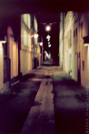 Alley in Downtown Riverside // Photo: Cheryl Spelts