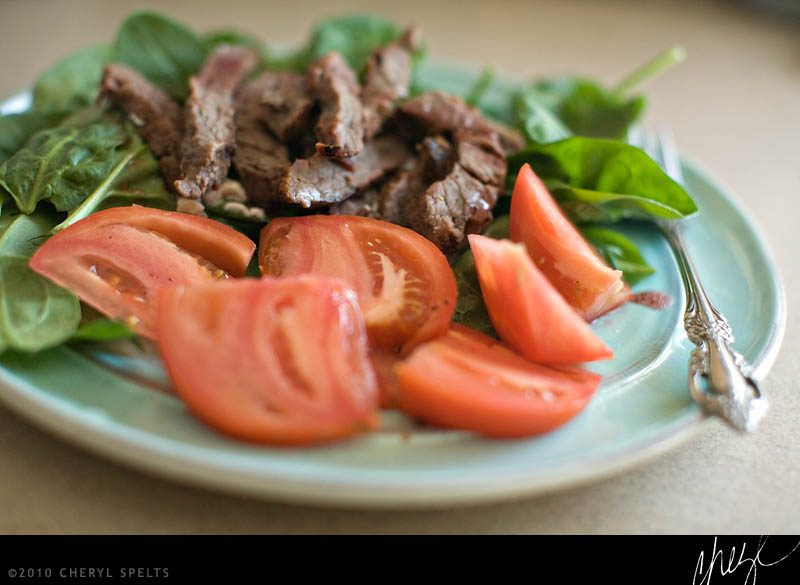 Spinach and Tomato with Roast Beef Salad // Photo: Cheryl Spelts